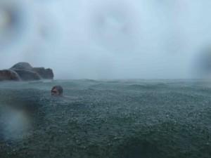 Trettio grader i vattnet tror jag